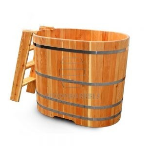 Ofuro_wooden_tub