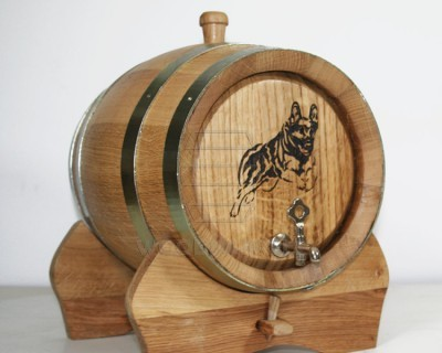 oak barrel with laser engraving